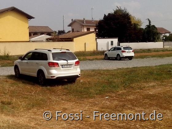Forumstreff im Piemont: Canelupos' (Hintergrund) und Fossis' (Vordergrund)