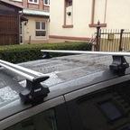 Freemont ohne Reling mit Dachträger und Dachbox